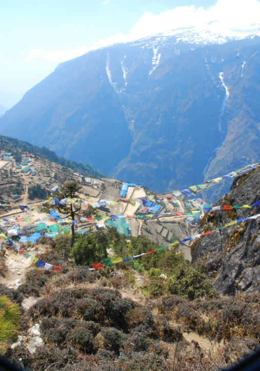 hike back to Namche